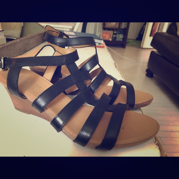 Franco Sarto Shoes - Franco Sarto Black Leather Sandals Size 9